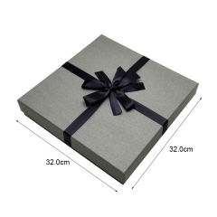 Cloth packaging boxes